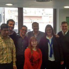 Orgullosos. Los nuevos empleados demostraron una gran alegría por la convocatoria. Foto Gentileza.
