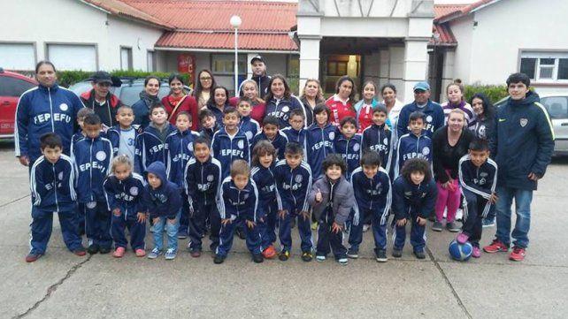Delegación completa del combinado paraguayo para el torneo de Toritos.