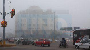 Jornada con neblinas, cielo algo nublado y una máxima de 27 grados