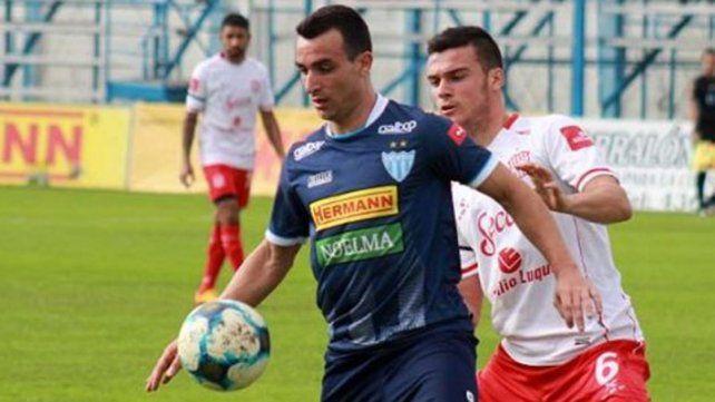 Juventud Unida de Gualeguaychú empató y se complica con el descenso