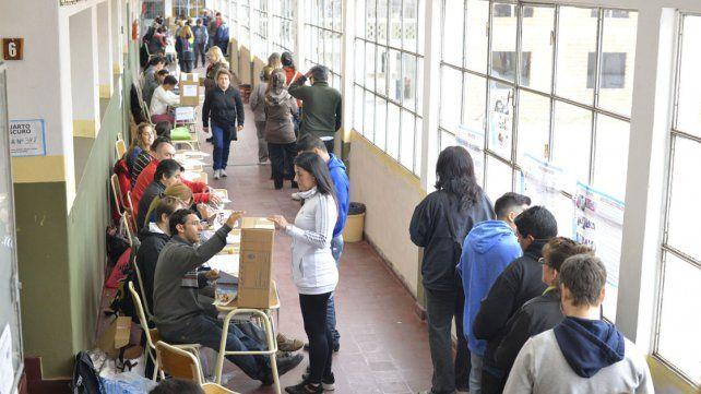 Con distintos actos, arranca la campaña electoral para las PASO del 13 de agosto