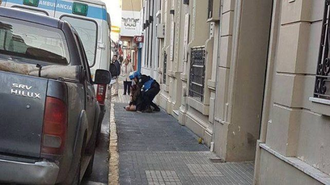 Se manifiestan y exigen sanción para policías que detuvieron sin motivos a una travesti