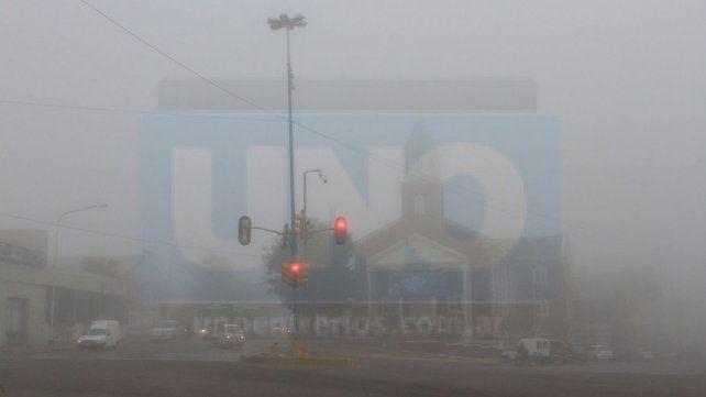 Piden circular con precaución este fin de semana por bancos de niebla y lluvias