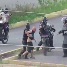 Hombre es golpeado brutalmente por la Guardia Nacional Bolivariana y la Policía Nacional de Venezuela