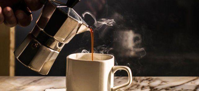 Tres tazas de café al día reducen la mortalidad