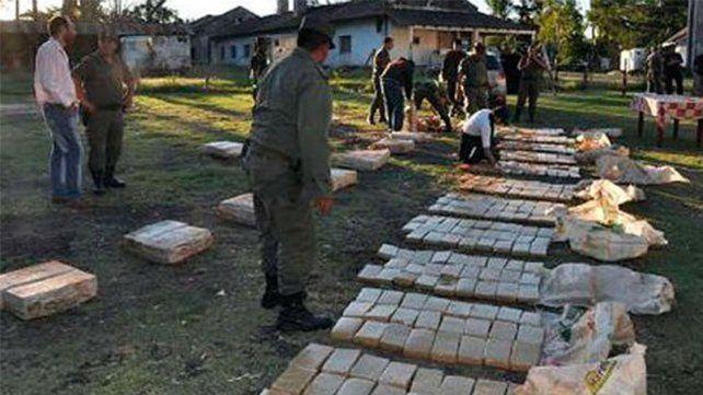 Sorpresivo. Los gendarmes esperaban a los narcos en La Paz.