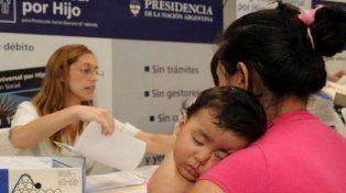 El Gobierno eliminó más de 200 mil asignaciones universales por hijo
