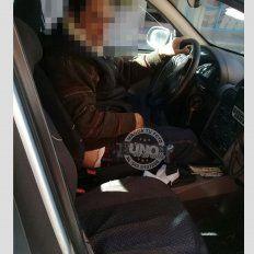 Una mujer no abordó un remís porque el chofer tenía los pantalones bajos
