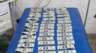 Robaron 5.000 dólares y al ser perseguidos se tiraron al río Paraná