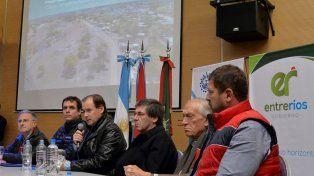 Distribución. Bordet defendió el equilibrio con que se asignan las obras a los municipios.