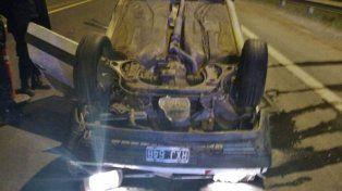Una joven volcó con su auto en la ruta nacional 14