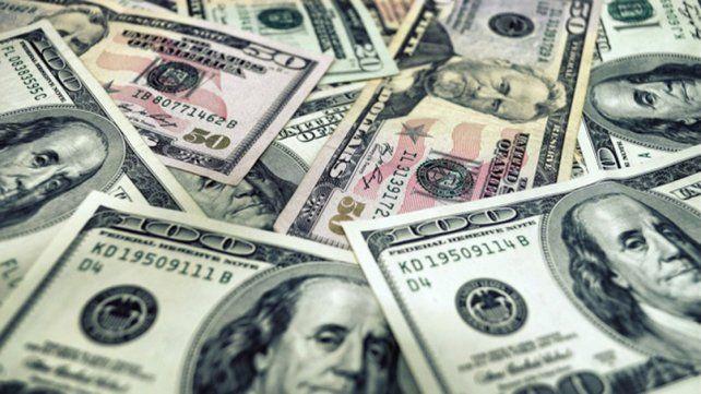El dólar cerró en baja en el primer día de septiembre