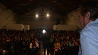 A sala llena. Varisco realizó un repaso de lo hecho, incluso junto a la Provincia y la Nación.