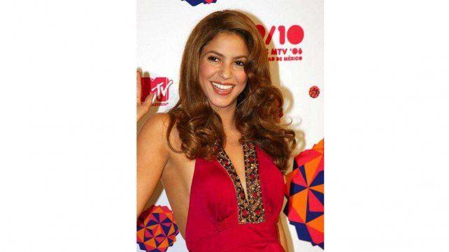 Shakira cambia de look y ahora luce así