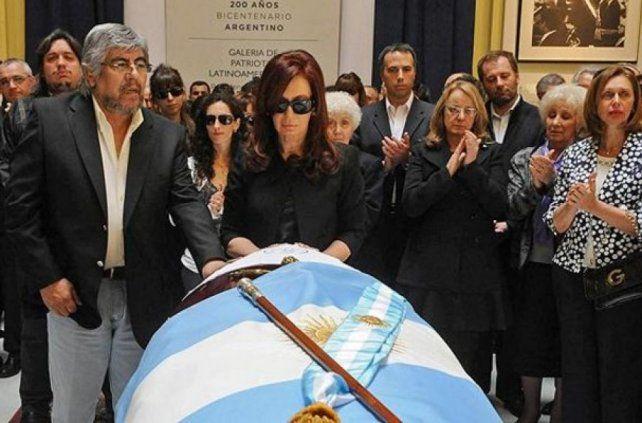 Cómo murió Néstor Kirchner: una investigación pone la lupa sobre aquel día fatídico