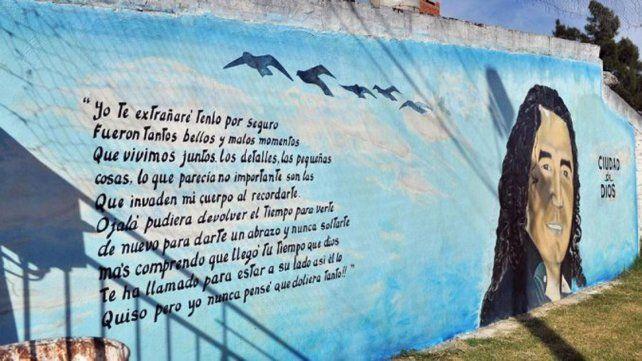 En la calle. Un mural da testimonio del poder de Cantero en la ciudad.