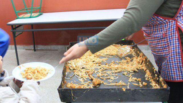 El comedor de la Escuela Esparza siempre está en actividad. Foto Archivo UNO Diego Arias.