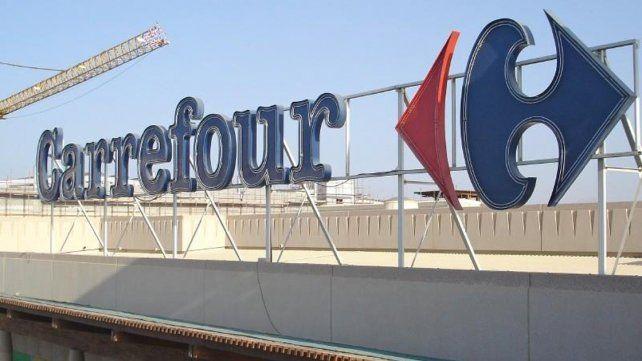 Realizan asambleas por el posible despido de 50 empleados de la cadena de supermercados Carrefour