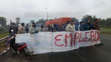 trabajadores del frigorifico equino de gualeguay levantaron el corte de ruta