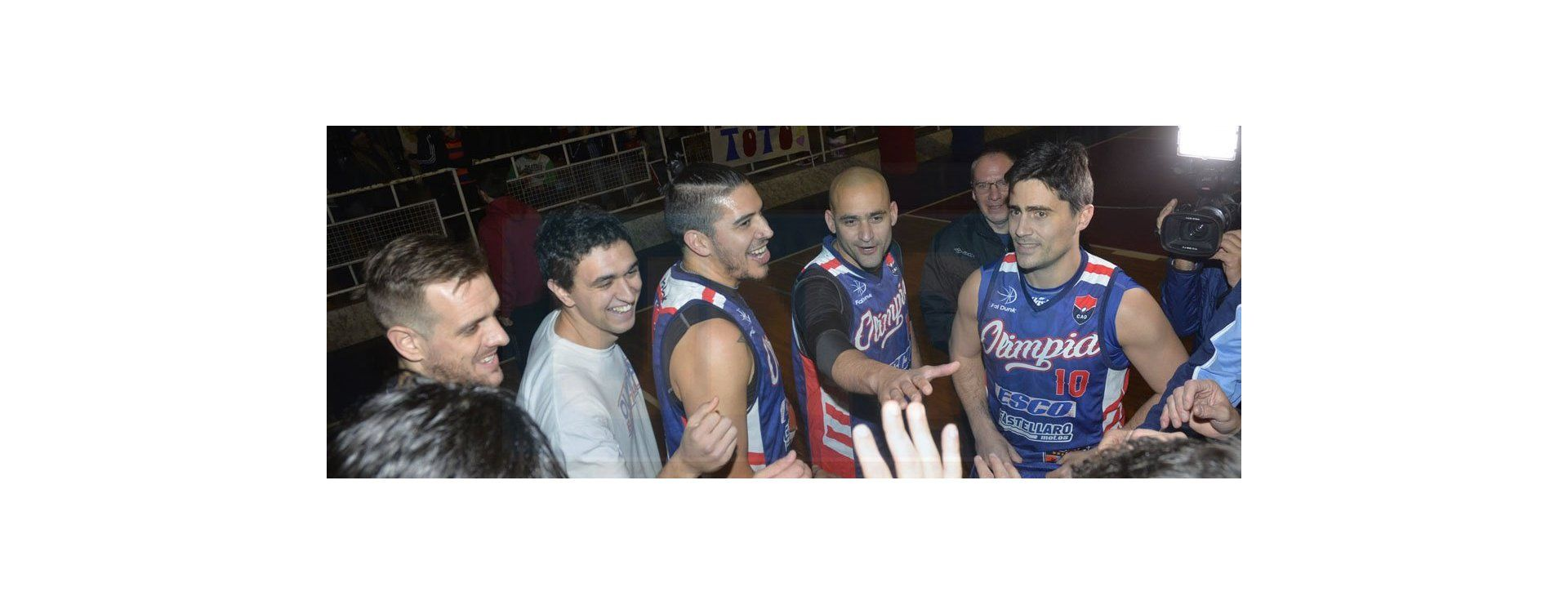 Las fotos del partido a beneficio de Toto, jugador de básquet del Club Olimpia