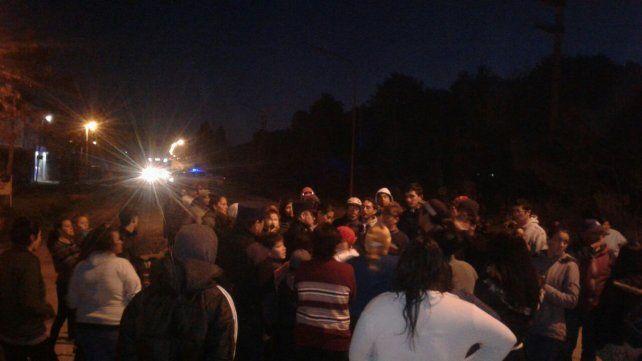 Vecinos cortaron avenida Zanni tras una infernal balacera en el barrio Capibá