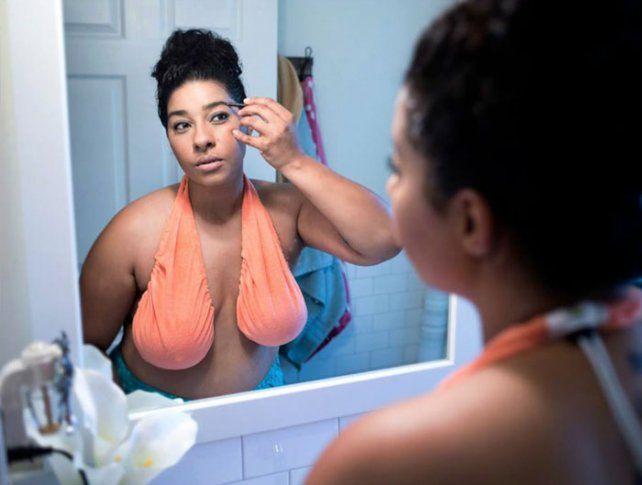 La teta-toalla, el corpiño que se volvió furor en las redes sociales