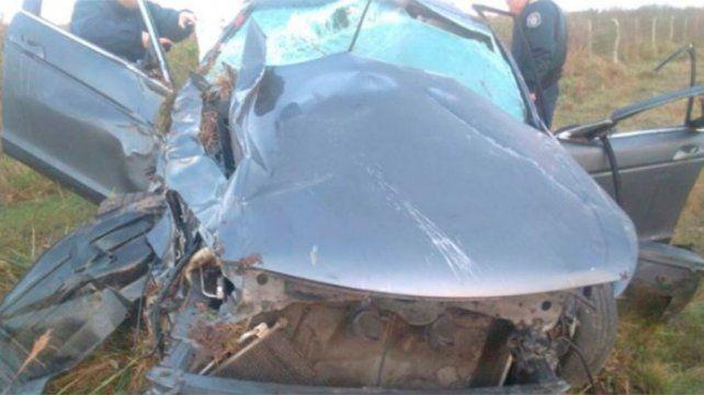 Ruta 130: Un automóvil despistó y volcó en la ruta