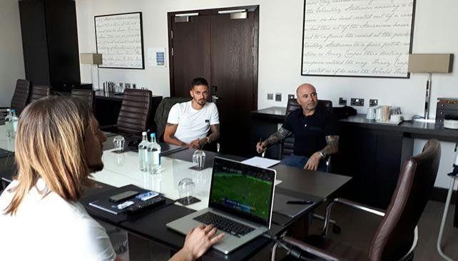 Sampaoli pasó por Inglaterra para hablar con Lanzini y Agüero