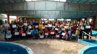 El plantel. Los chicos del Albiceleste que estuvieron compitiendo en el torneo de natación en Santiago del Estero.