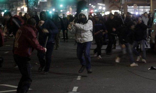 Incidentes frente al Congreso en la protesta por la desaparición de Santiago Maldonado