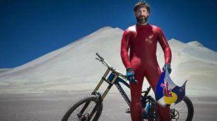 Superó los 167 km en Bicicleta y estableció un nuevo récord mundial