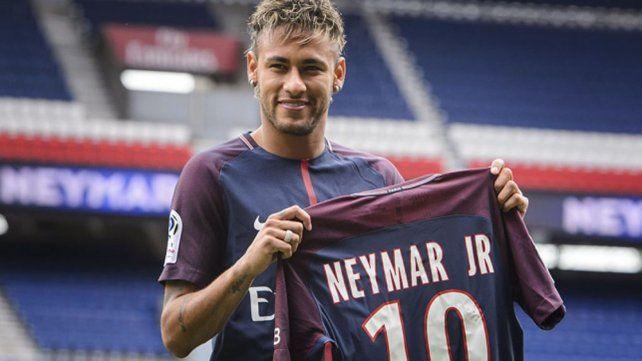 Neymar podría debutar el domingo con París Saint Germain