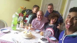 Francisco felicitó a pareja gay brasilera por bautizar a sus hijos