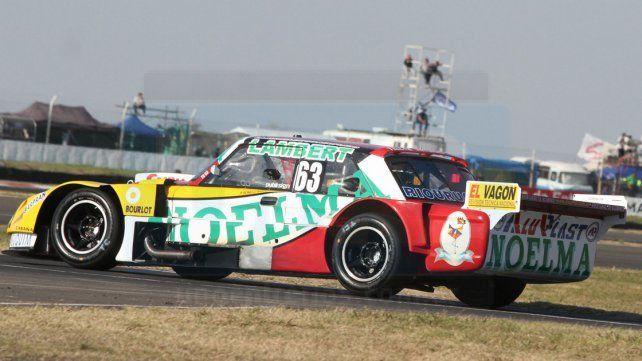 El auto de Próspero Bonelli en el autódromo de Paraná Foto UNO Diego Arias