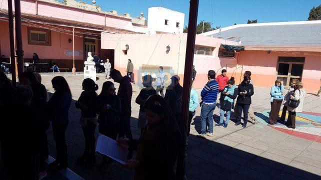 Victoria: Incidentes por vecinos que quisieron votar con el DNI verde