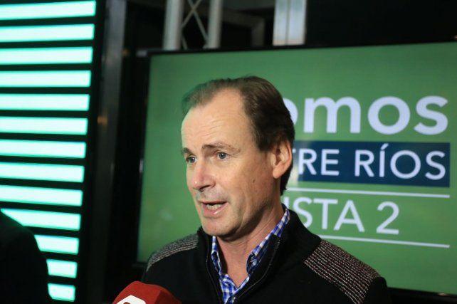 El gobernador saludó a las nueve listas que participaron en la interna del Justicialismo. Foto UNO Diego Arias.