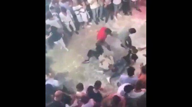 Mataron de una patada en la cabeza a un joven en una disco