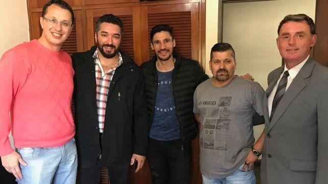 Salvador Reynoso firmó su contrato y se suma a Atlético Paraná para el Federal A
