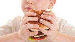 Hábitos culturales. La mala alimentación es una costumbre arraigada y difícil de cambiar.