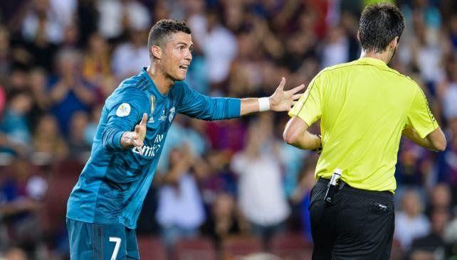 Cristiano recibió cinco fechas de suspensión y se descargó en su cuenta de Instagram