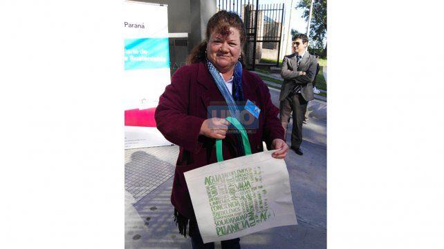 Desde el área trabajan en concientizar a los vecinos sobre la importancia de utilizar bolsas reutilizables
