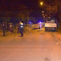 Murió un chico de 16 años al chocar la moto contra una camioneta estacionada