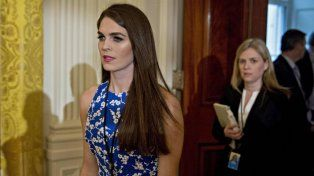 Una millennial para paliar el caos informativo en la Casa Blanca