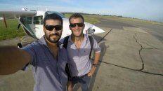 Los pilotos Matías Ronzano y Facundo Vega tripulaban la avioneta desaparecida desde el 24 de julio tras partir del aeropuerto de Don Torcuato, y que fuera hallada en el Paraná Guazú este sábado.