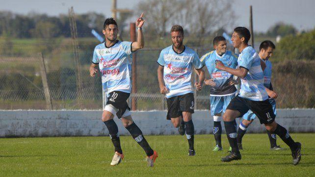 Exequiel Comas marcó el segundo tanto de Belgrano. FotoUNOMateo Oviedo