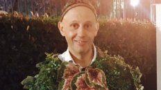 el rabino bergman se disfrazo de arbol y provoco una catarata de memes