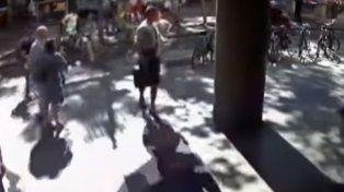 Video: el momento en el que la furgoneta baja la Rambla