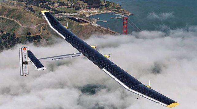 Energías Limpias. El avión que dio la vuelta al mundo sin carburante.