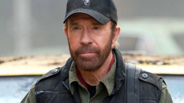 Chuck Norris tuvo dos infartos en menos de una hora y sobrevivió