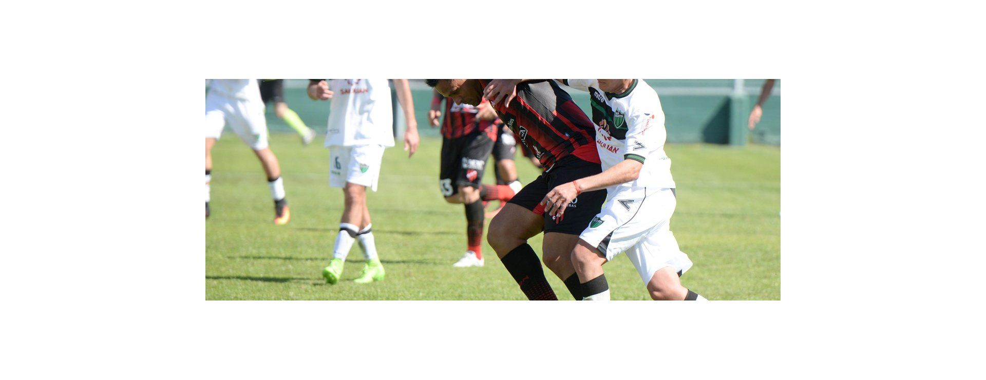Postales de la derrota de Patronato en el inicio de la Superliga